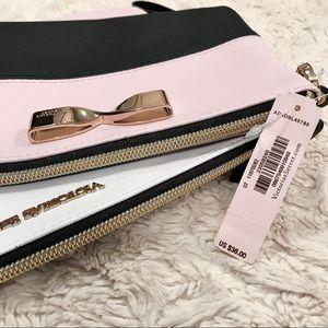 2 for $10! Victoria's Secret Makeup/Travel Bag Set